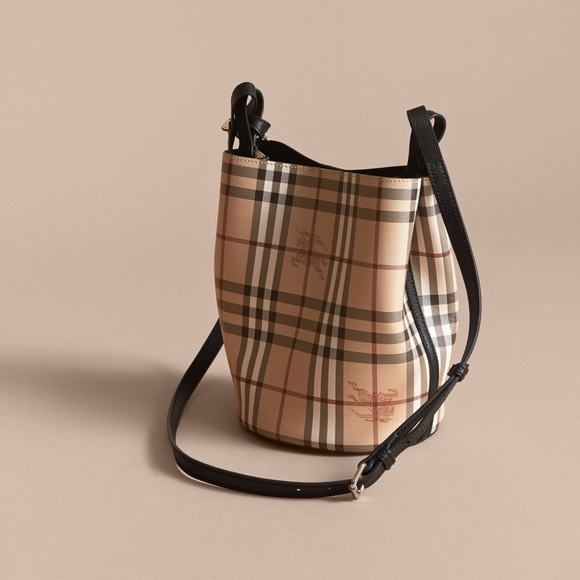 6972477c06ae Burberry Handbags - Burberry small Lorne reversible bucket bag